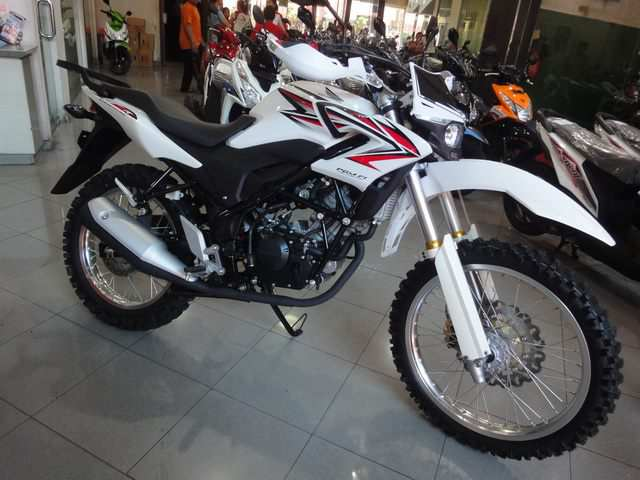 modifikasi Honda CB150R 2013