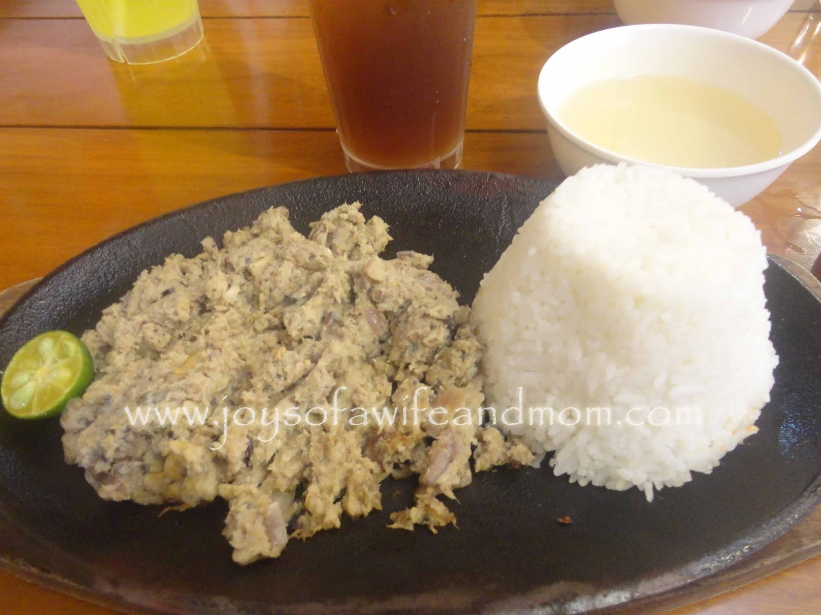 Bangus Sisig at Chic-Boy