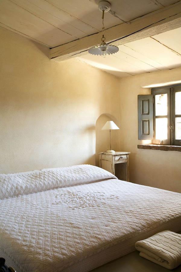 Dormitorio en tonos naturales rustico _hotel