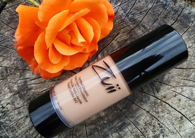 Zuii Organic: Flora -bio hydratačný make up