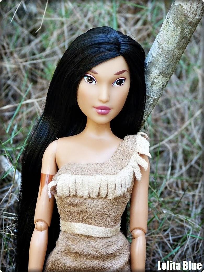 Pocahontas (Disney Store)