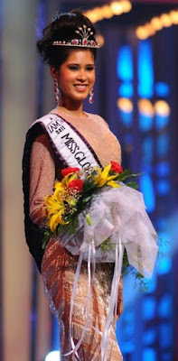 Miss Globe International India - Parul Duggal