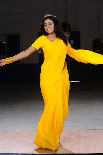 Poorna New Pictures in Yellow saree 005.jpg