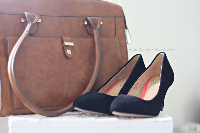 acessorize-bag-topshop-court-shoes-sales-shopping-blog-post