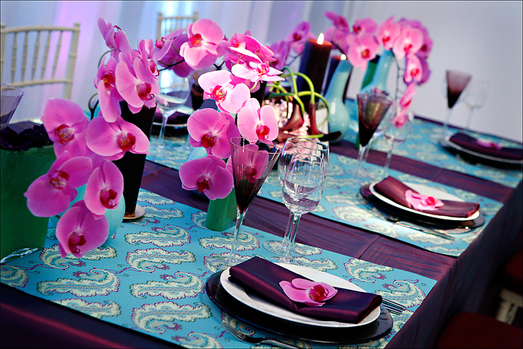 Wrapping Paper Table Runners: A Gorgeous Party On A Budget.