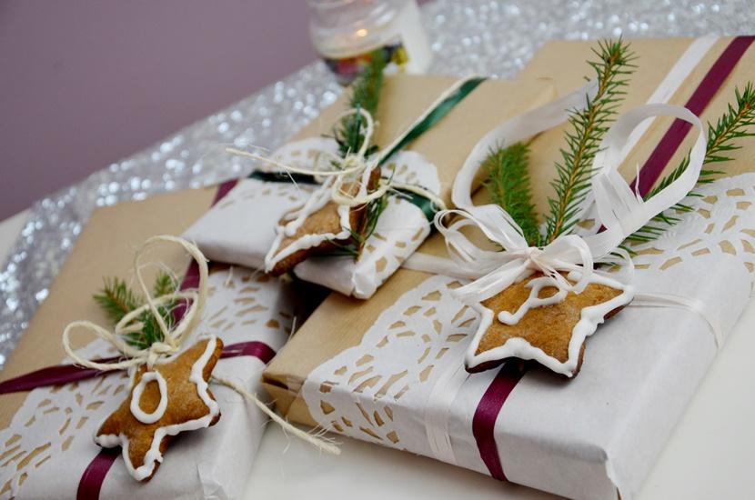Świąteczne prezenty - pomysł na pakowanie