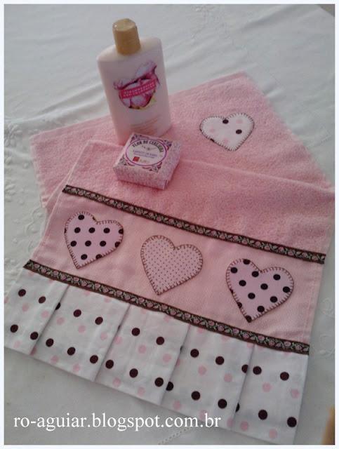 toalha de lavabo em patch-apliqué