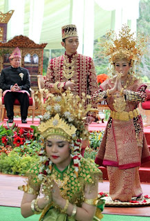 Pernikahan Ibas
