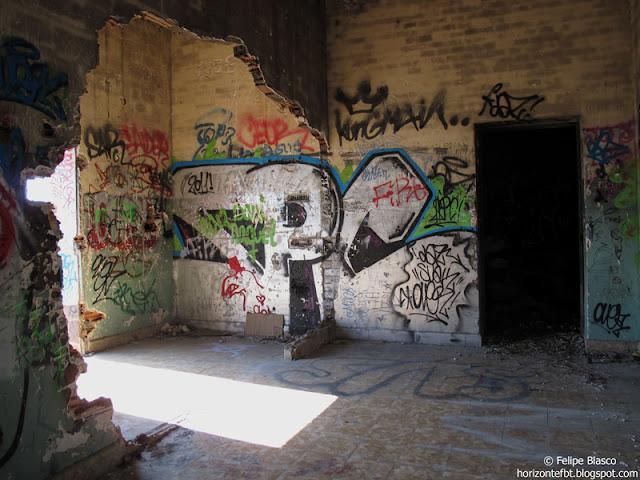 Collserola - Interior Torre Roquetes