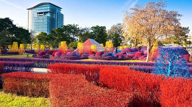 El Campus colorido de Tailandia Universidad de Rangsit