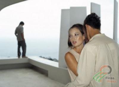 كيف تكتشف المرأة الخائنة - امرأة تخون زوجها - زوجة خائنة - cheating woman