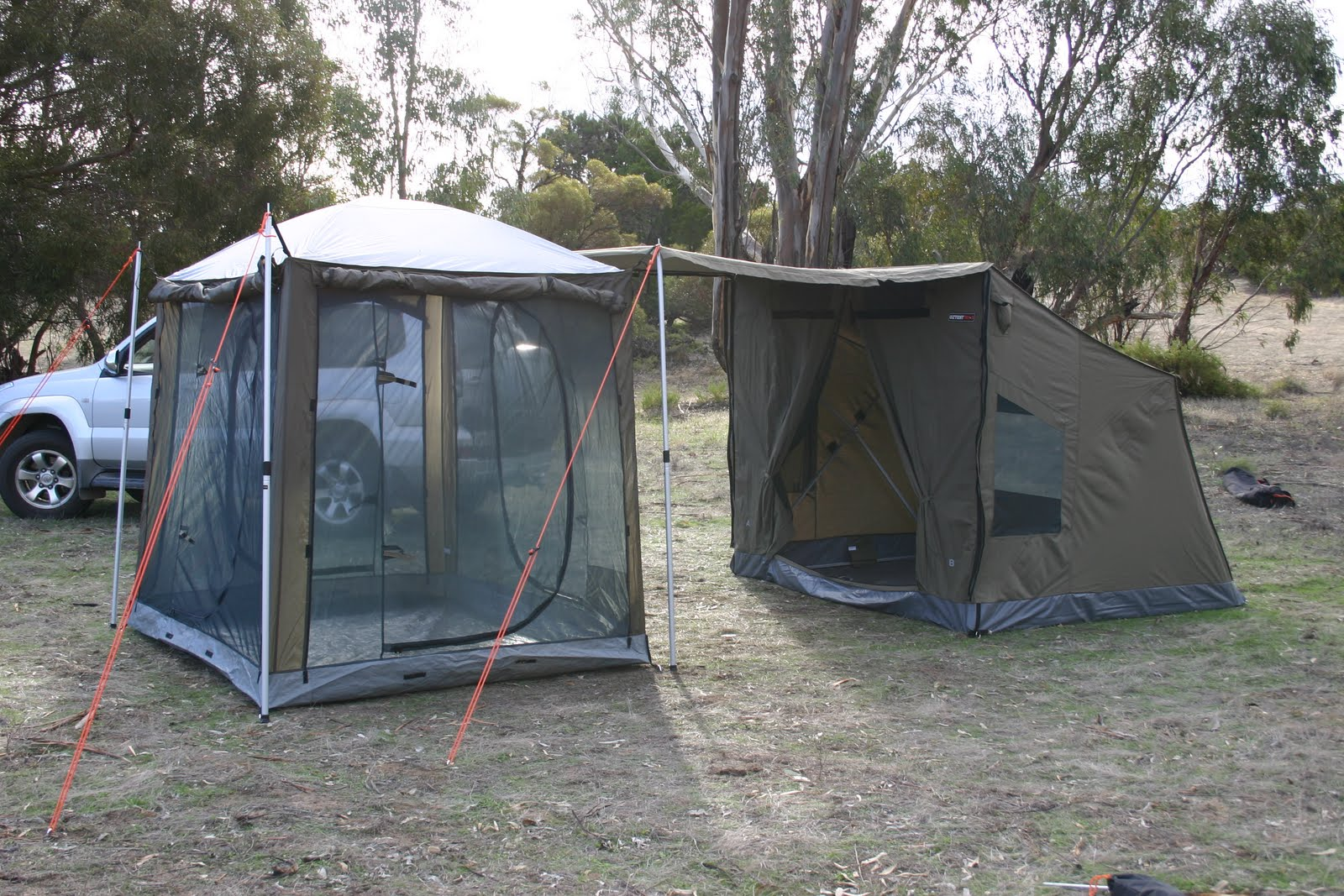 OzTent Screen Room For Mosquito Lab Experiment & Rv5 Tent Video u0026