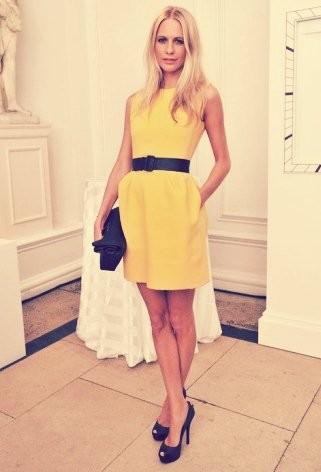 Robe jaune et noire