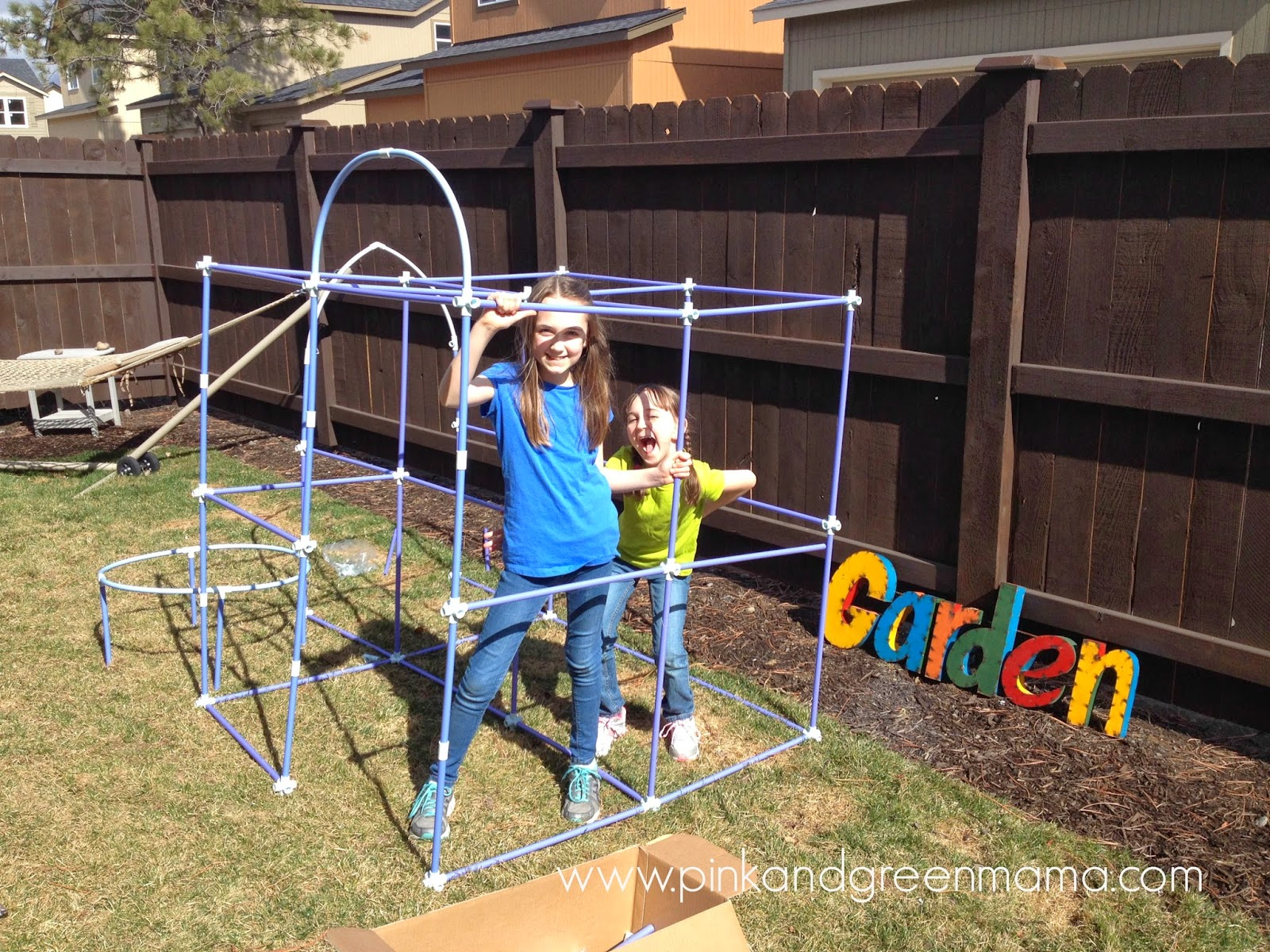 pink and green mama a fort building kit for kids fort magic review