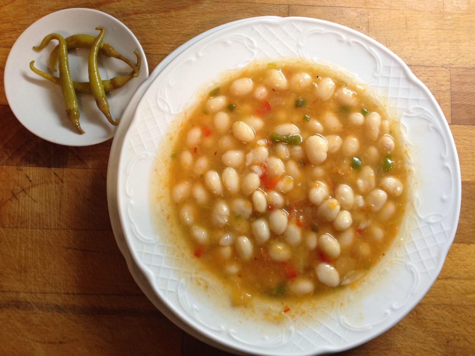Recetas de juan pochas en conserva a la riojana - Cocinar con conservas ...