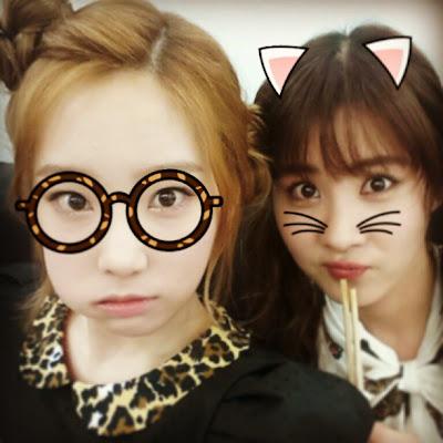Taeyeon dan Seohyun Selca Lucu