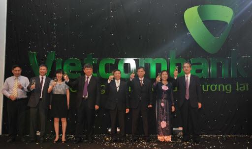 Đề thi Nhân viên QHKH - Vietcombank Thanh Hóa (3/8/2012)