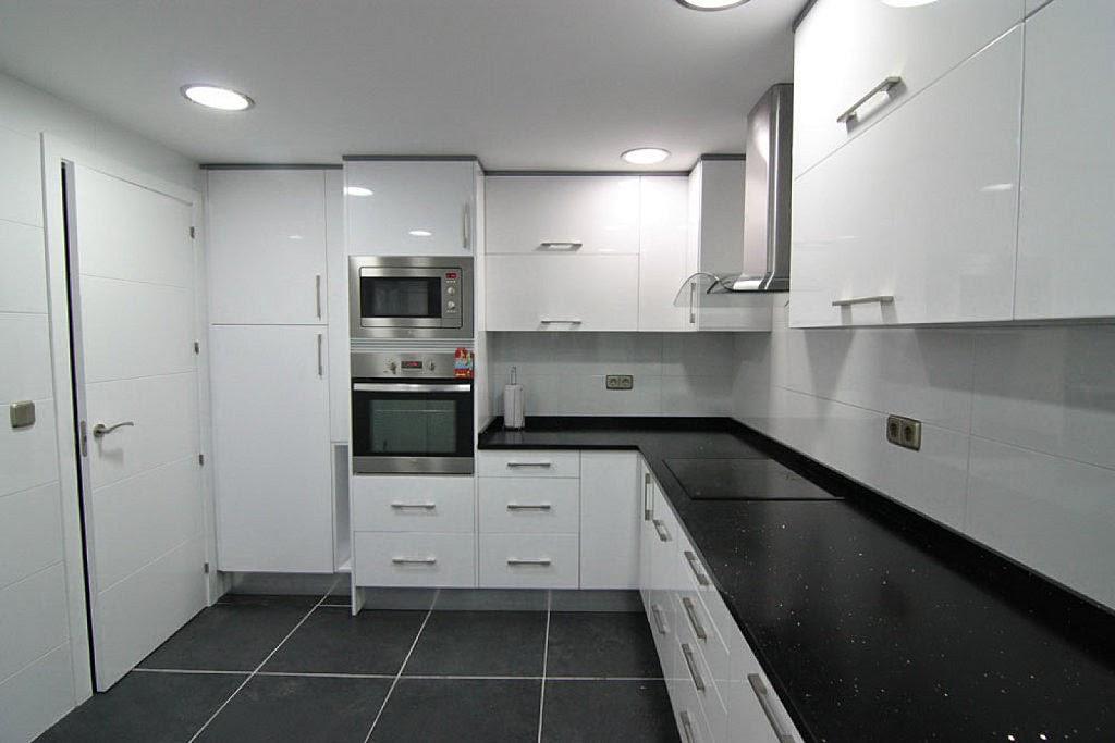 una gran cocina puede hacerse con precio contenido y de interiores y ampliaccion y