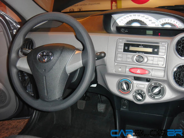 Toyota Popular - Etios - interior