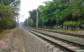 Perempuan Tampa Identitas Tewas Tersambar KRL Commuter Line