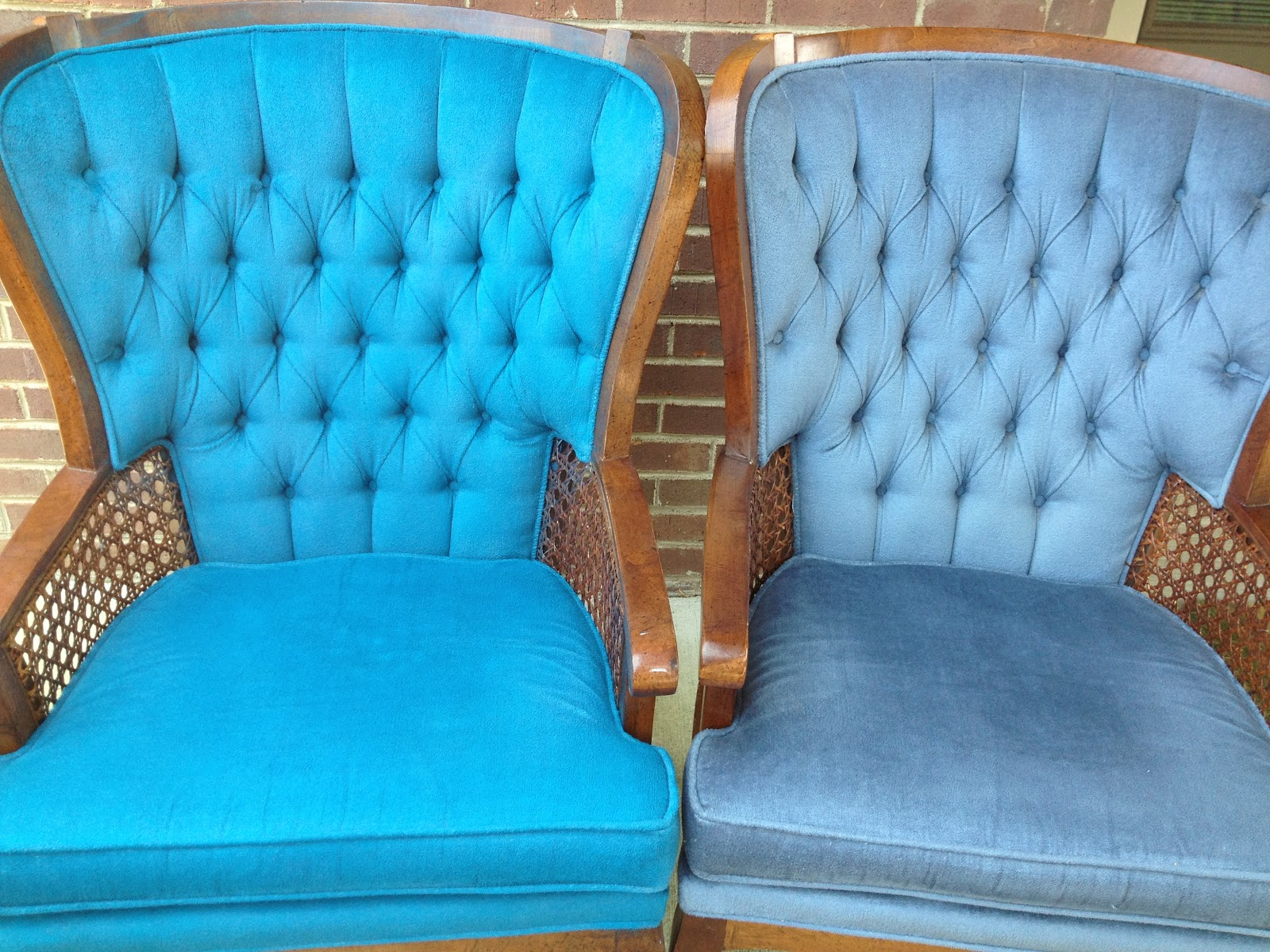 Bella's Crafty Mom: From Dull to Dazzling-Painting Upholstery