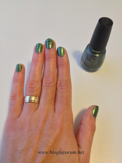 CHINA GLAZE MAGNETIX 1162 CON-FUSED YEŞİL OJE 3