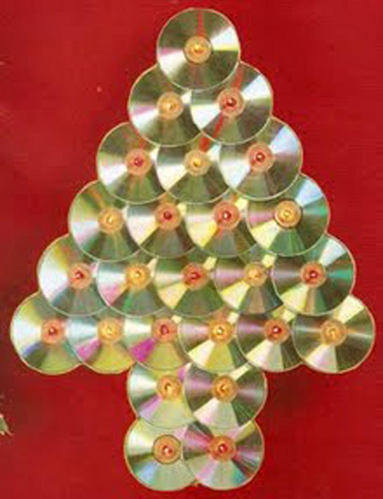 Detallelogia rboles de navidad reciclando papel - Cintas navidad para arbol ...
