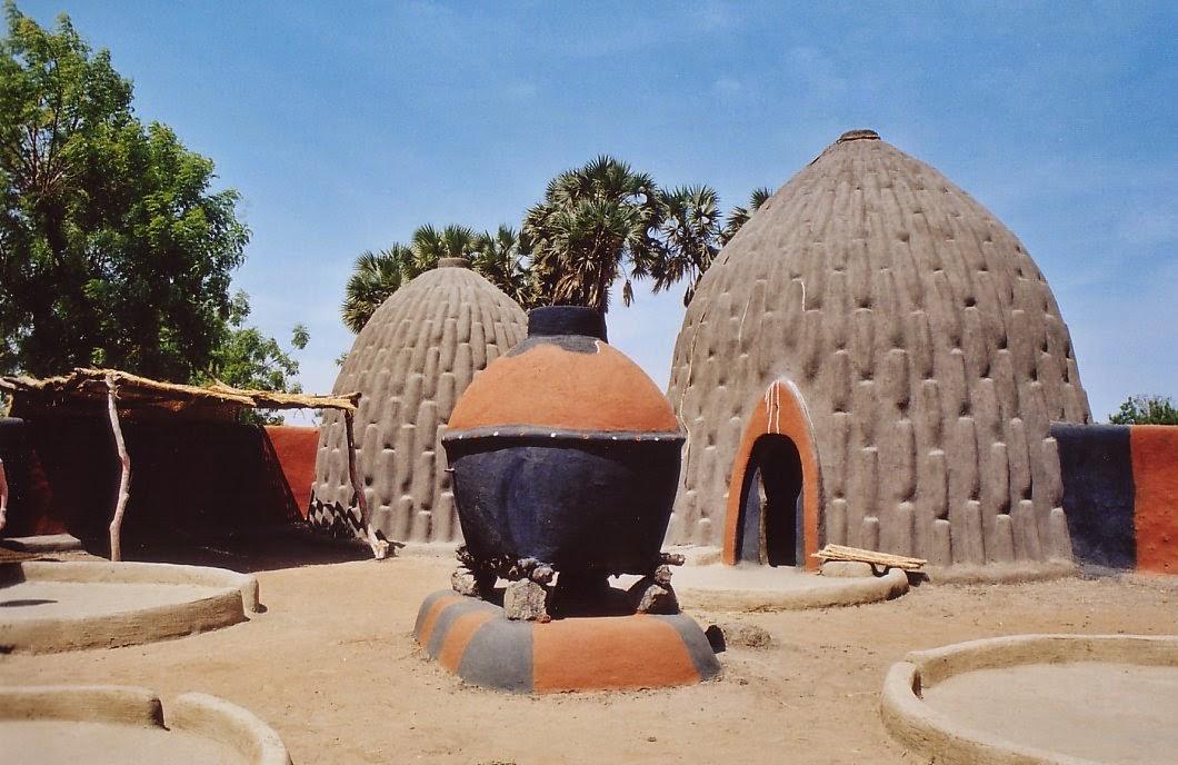 Fryou maison d cos maisons typiques du cameroun for Maison du nord