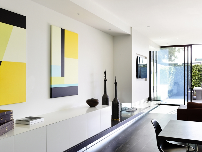 Contemporary interior design in Perfect Modern Townhouse by Martin Friedrich Architects