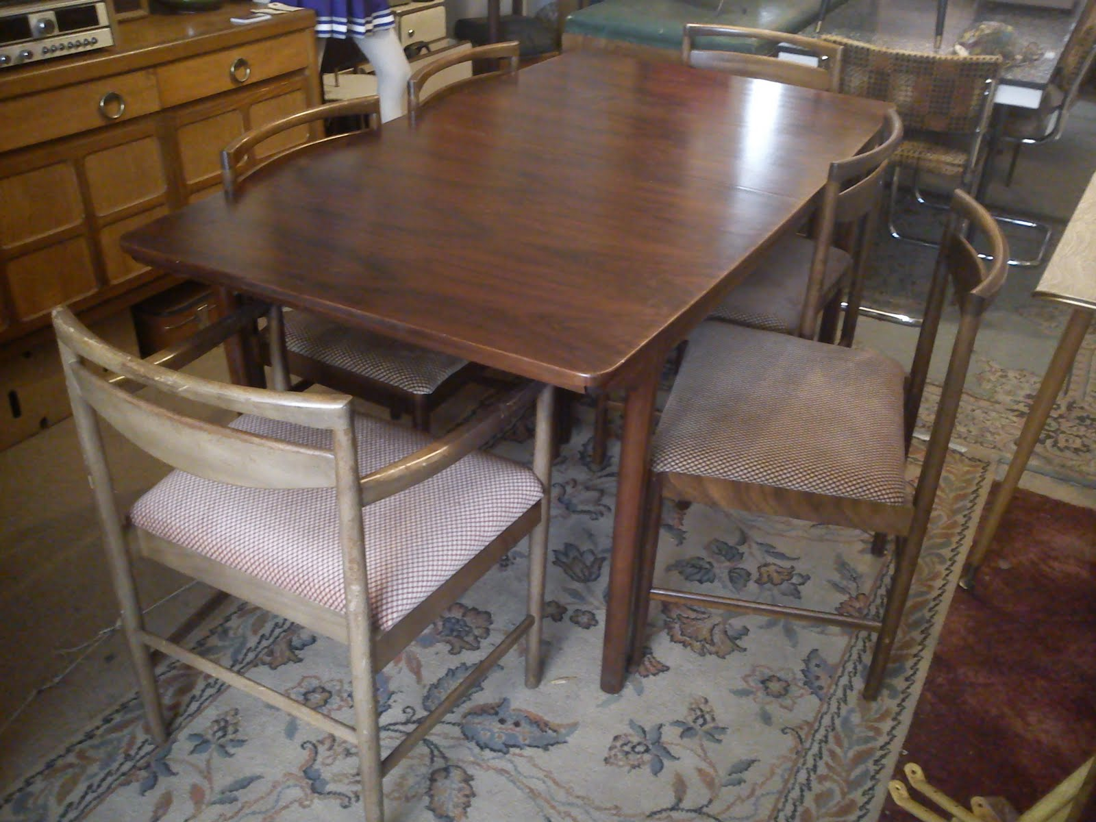 1970s Danish rosewood extendable dining table £SOLD