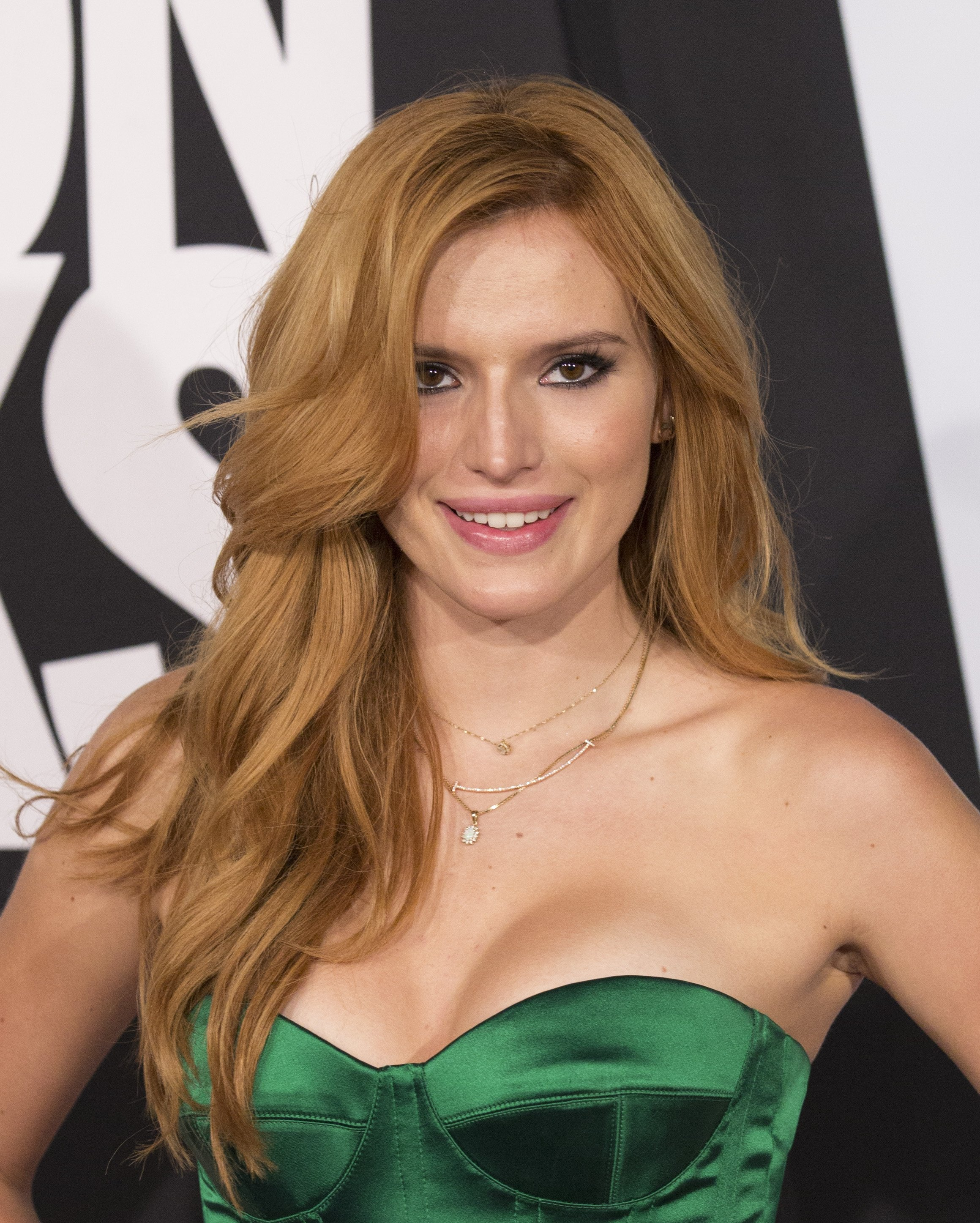 Bella Thorne pictures gallery (120) | Film Actresses