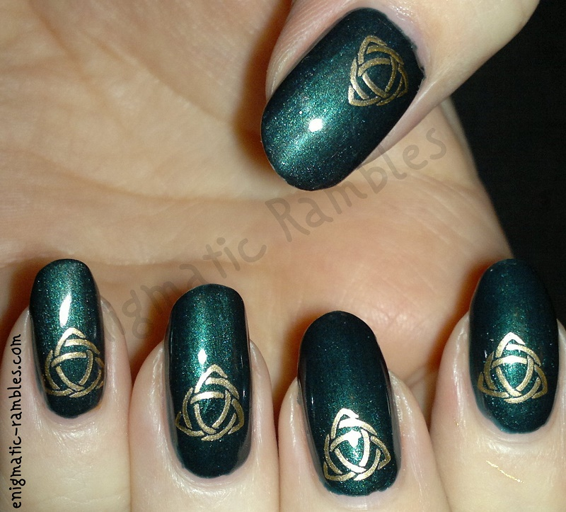 st-particks-day-nail-art-nails-stamped-bundle-monster-h05-BMH05-barry-m-racing-green
