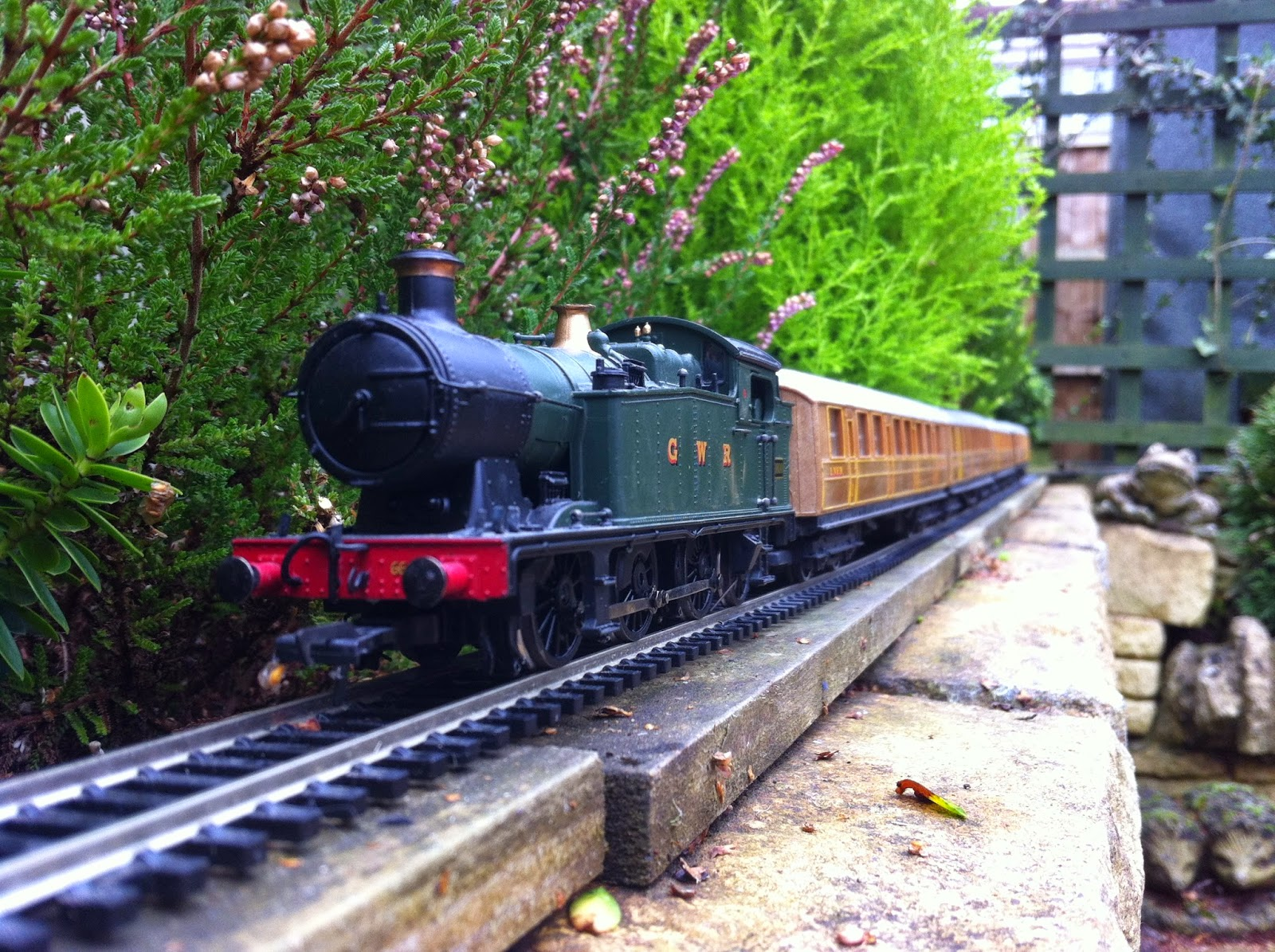 Superb This Week Iu0027ve Been On Afternoons Again And With Little To Do In The  Workshop Have Found Myself Finally Reviving The Garden Railway. Started In  2005, The 00 ...
