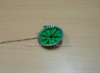 zipper flower tutorial