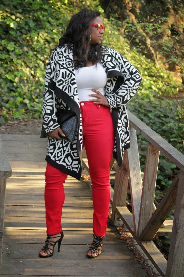 Black and White Aztec Print Open Front Cardigan  No Sew D.I.Y. clutch purse crocodile print