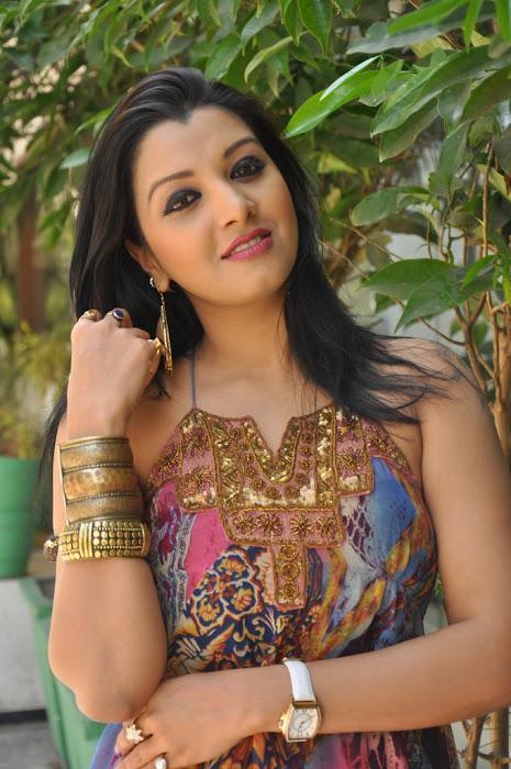 sidhie mamre actress pics