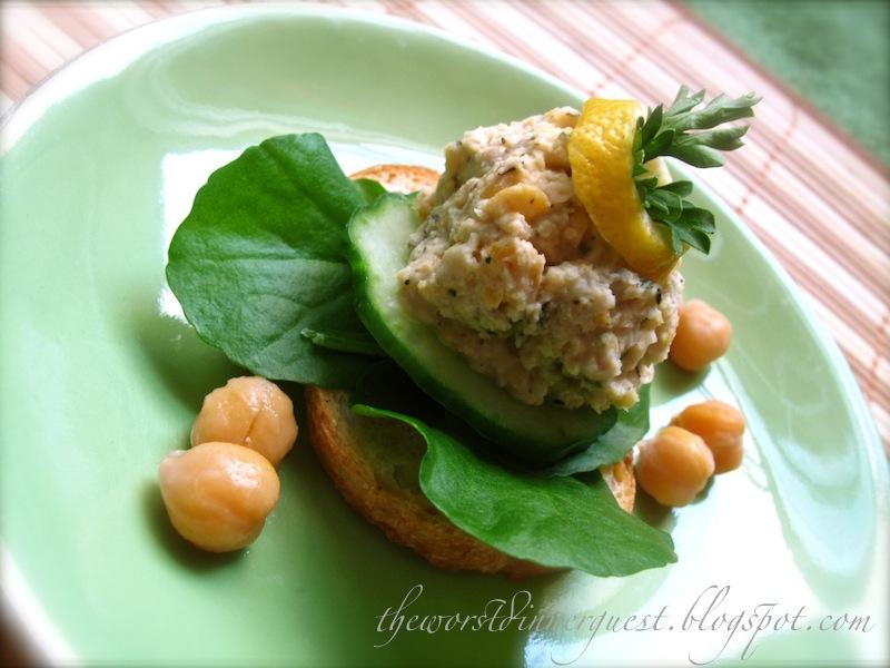 THE WORST DINNER GUEST: Easy Peasy Garlic and Lemon Hummus