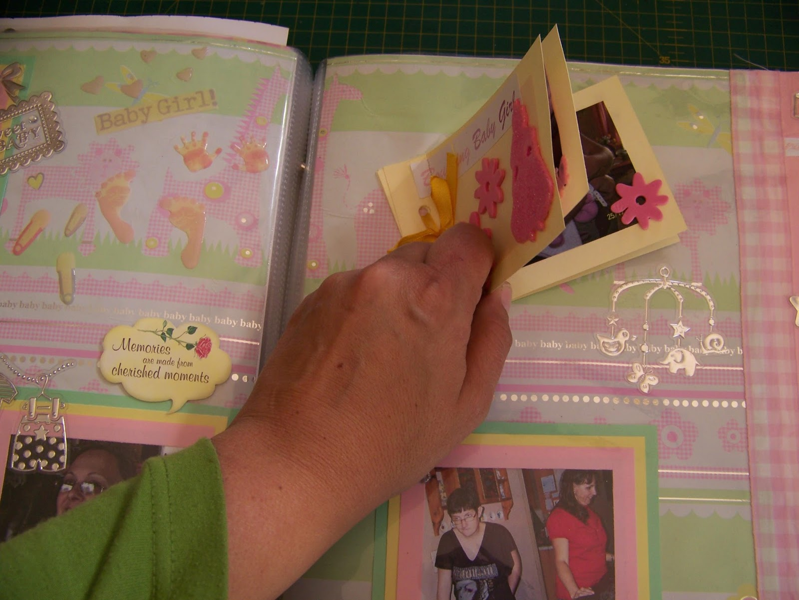 A Pretty Talent Blog Scrapbooking Adding A Mini Album To A Page Layout