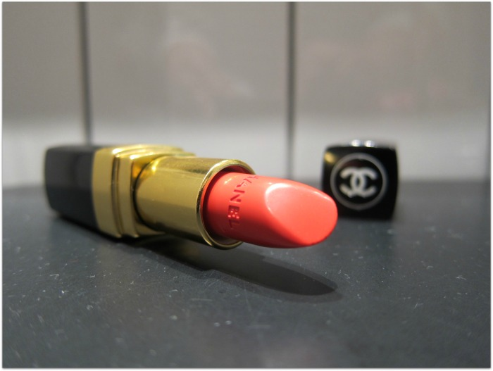 Chanel Rouge Coco Lipstick in Coco Swatches and Review