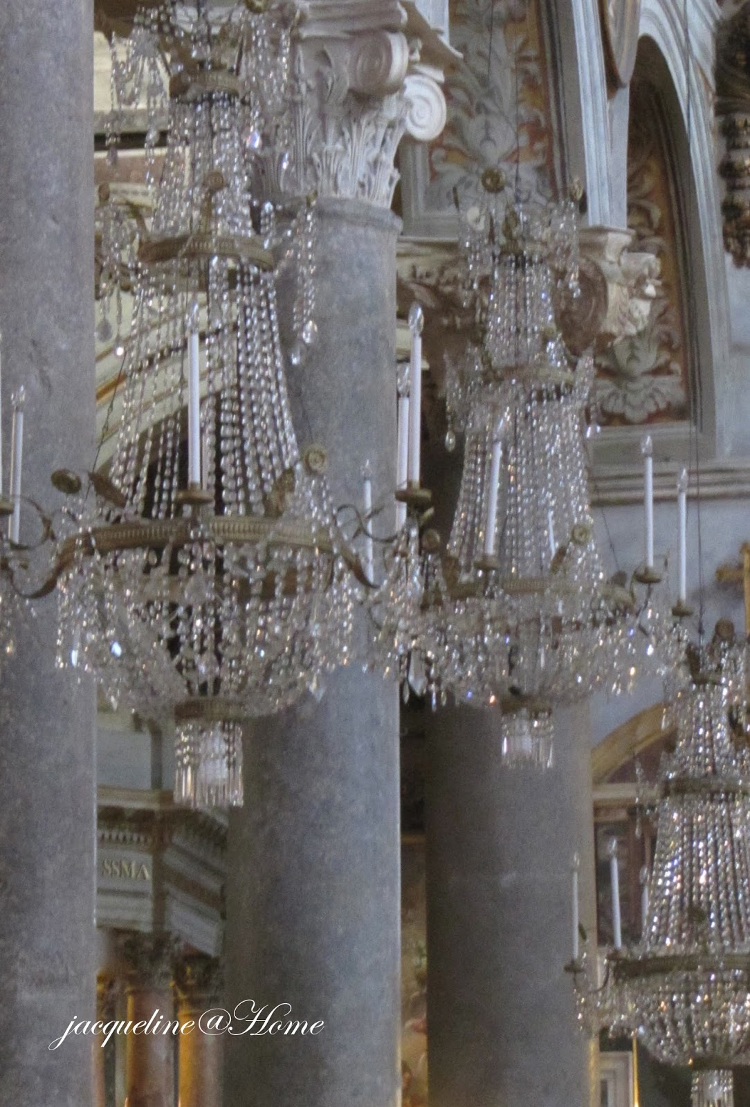Church Of Santa Maria In Aracoeli Rome Sparkling Chandeliers As Far The Eye Can See A Beautiful Sight They Hang From Every Arch