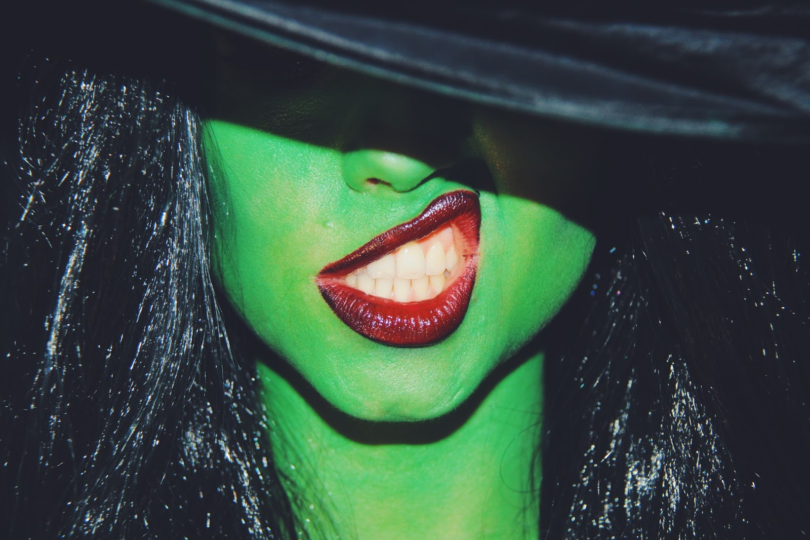 Dirty Closet Wicked Elphaba Tutorial de maquillaje primer video