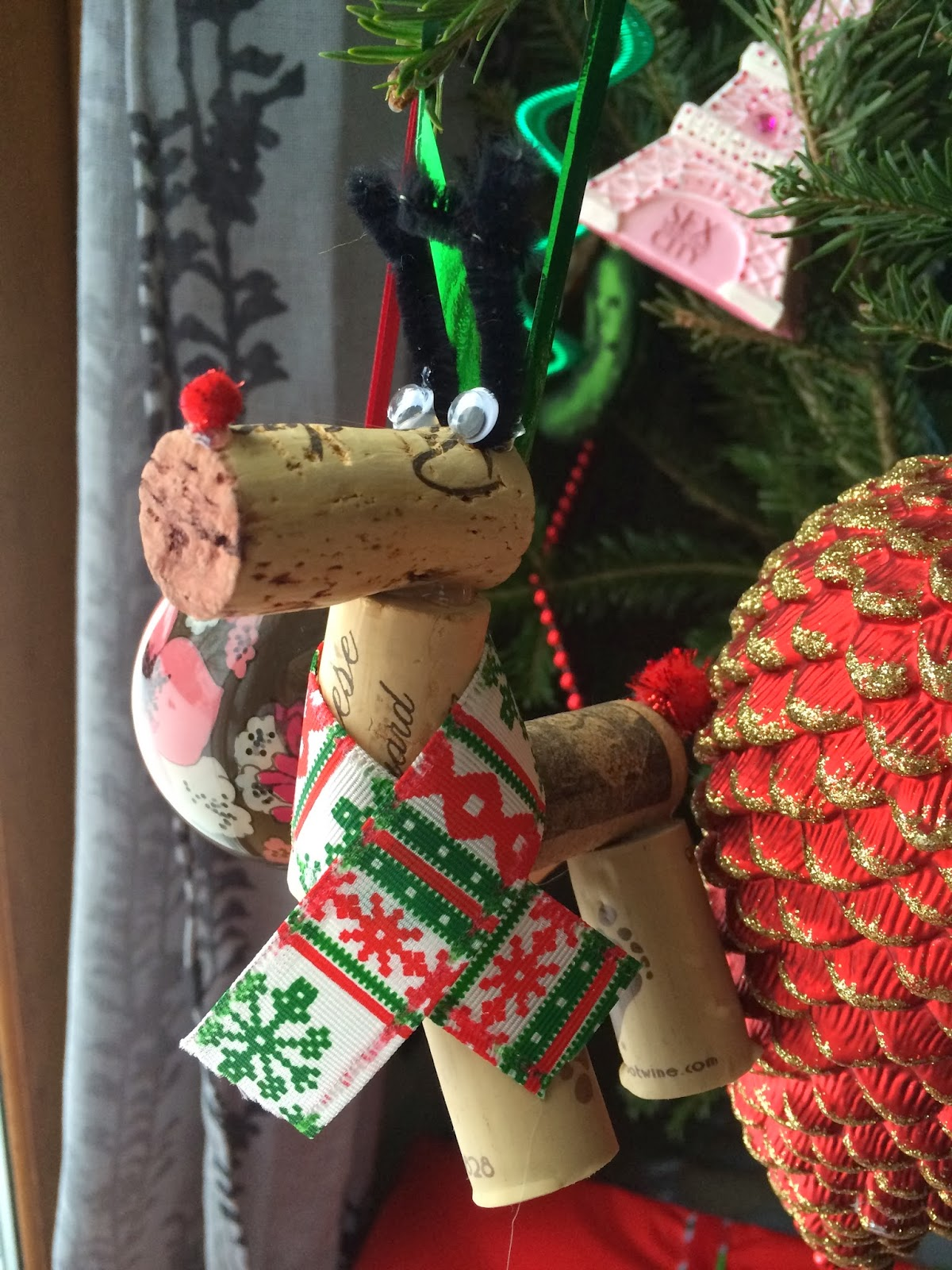 DIY Wine Cork Reindeer Ornament
