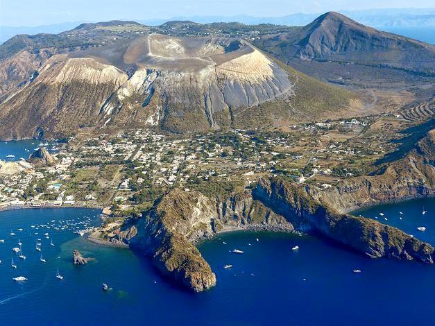 Vulcano - Isole Eolie  (Sicilia)