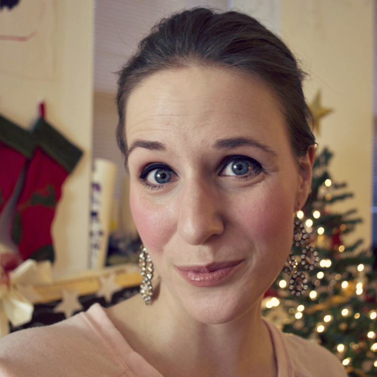 Duane Reade Holiday Glam Makeover #DRHoliday #Shop #Cbias