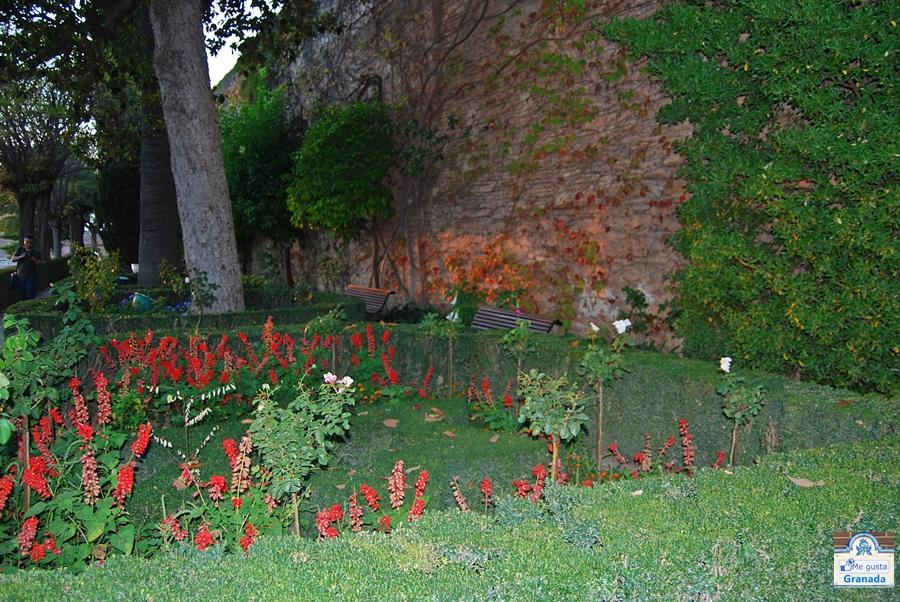 Me gusta granada jard n de los adarves for Jardin de la reina granada