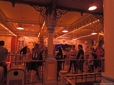 Toy Story Midway Mania Disney California Adventure queue night