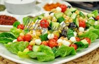 Mozerella Peynirli Salata