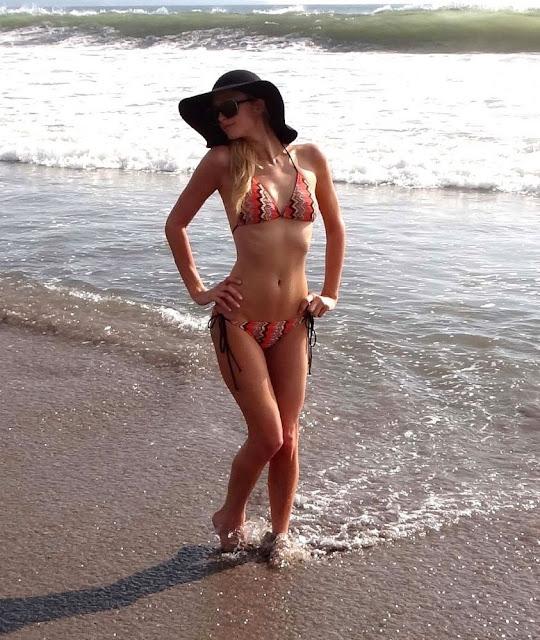 Paris Hilton Bikini Pics images