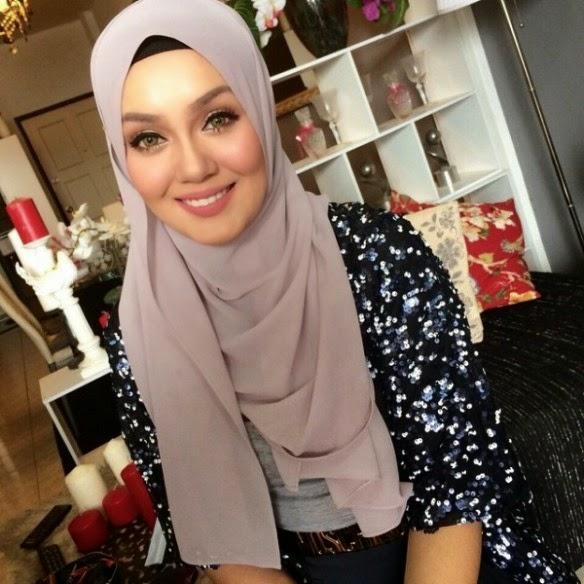 Uqasha Senrose Nafi Bercinta Dengan Tunang Nina Iskandar, info, terkini, hiburan, sensasi, gosip, kontroversi, nina iskandar, uqasha senrose