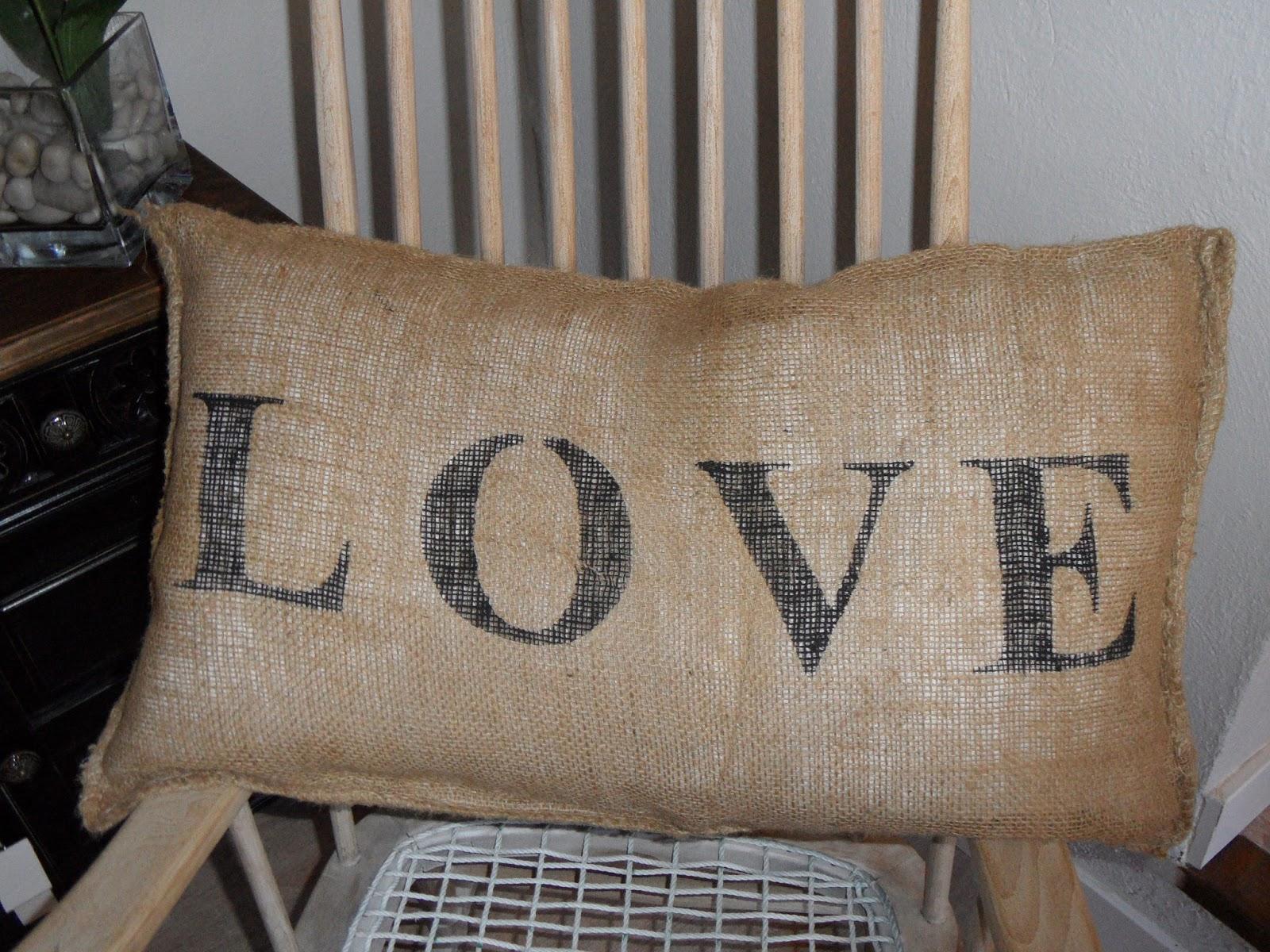 Era Sera Craft: Cojín tela de saco: Love